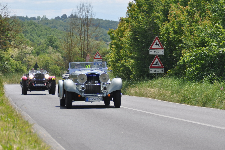 Bentley 3.5L dei Roos e Mercedes-Benz 710 SSK di Christ-Schreyer